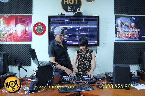 Học DJ tại Hot DJ